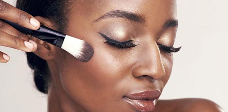 Le maquillage des femmes chrétiennes