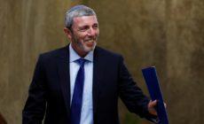 Le ministre israélien de l'éducation est favorable à la thérapie pour changer les homosexuels