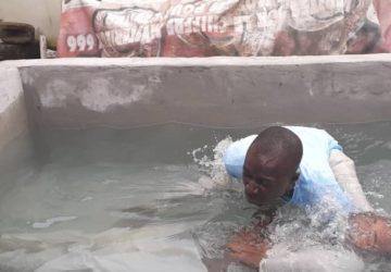 TOUT SUR LE BAPTÊME D'EAU BIBLIQUE