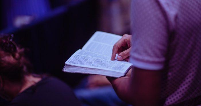 France : La liberté de culte doit être déconfinée, signent des juristes et universitaires dans une tribune.