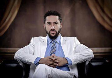 """Ghana: Le pasteur Majid Michel ou """"Sami"""" invite ses fans à donner leur vie à Jésus."""