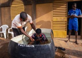 BURKINA FASO : Des camionneurs musulmans acceptent Jesus