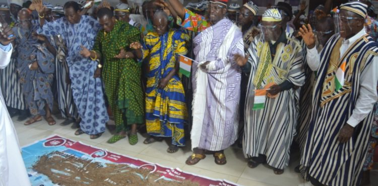 Plusieurs chefs traditionnels ont prié pour la paix en Côte d'Ivoire
