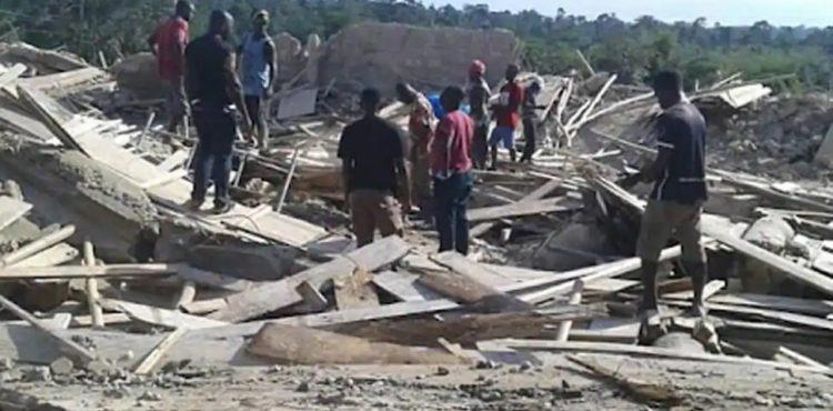 GHANA/ L'EFFONDREMENT D'UNE EGLISE CAUSE UNE VINGTAINE DE MORTS A AKYEM BATABI