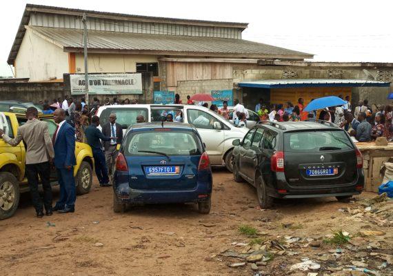 COTE D'IVOIRE/  LE PASTEUR CLEMENT KASONGO PRECHE MARC 16 AUX CHRETIENS D'AGE D'OR TABERNACLE