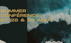 FRANCE/ REUNIS A LA TOUR EIFFEL, DES CENTAINES DE JEUNES LOUENT SEIGNEUR A L'OCCASION DE LA SUMMER CONFERENCE